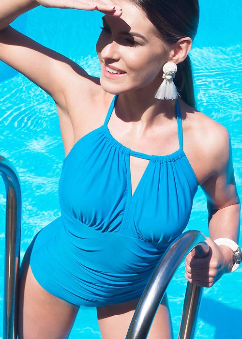 fb-video-retro-swimwear-clover-lewis