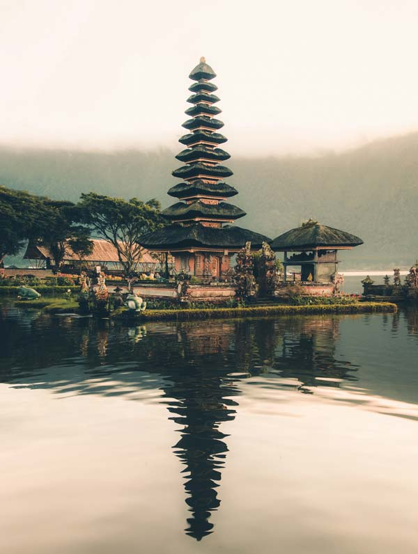 bali temple Indonesia Aron Visuals